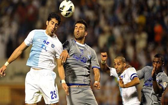 مصر اليوم - لاعبو الهلال السعودي يعترفون بالأخطاء في لقاء الاستقلال الإيراني