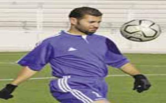 مصر اليوم - نجوم كرة القدم الأردنية يودعون حمارشة في لقاء الصفوة من عمالقة اللعبة