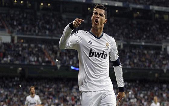 مصر اليوم - مانشستر يونايتد يرسل وفدًا إلى مدريد للتفاوض بشأن عودة رونالدو