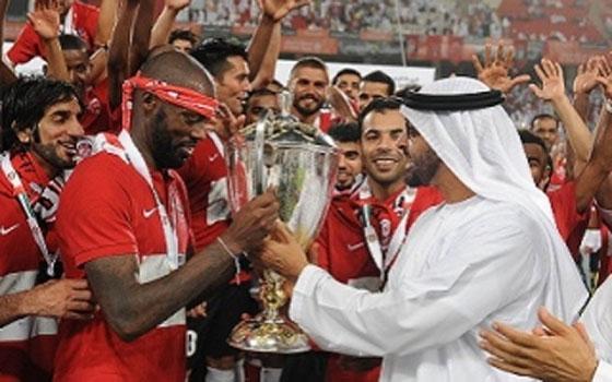 مصر اليوم - الأهلي يتوّج ببطولة كأس رئيس الإمارات على حساب الشباب 4/3