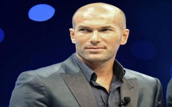 مصر اليوم - بيريز رئيس ريال مدريد الأسباني يعين زيدان مديرًا للكرة