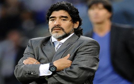 مصر اليوم - مارادونا يقدم رؤيته لتنمية مهارات اللاعبين الناشئين