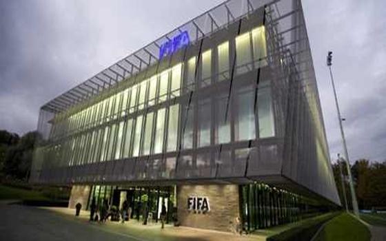 مصر اليوم - فيفا يطالب المغرب بـ 20 مليون دولار لضمان تنظيم مونديال الأندية