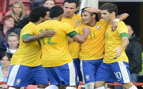 مصر اليوم - نجوم السليساو يحلقون في سماء البرازيل بفوز تاريخي على إيطاليا 4/2
