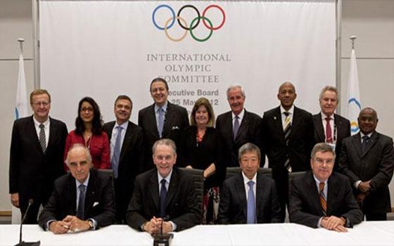 مصر اليوم - الأولمبية الدولية تلغي لائحة الأندية المصرية وتهدد بالتجميد
