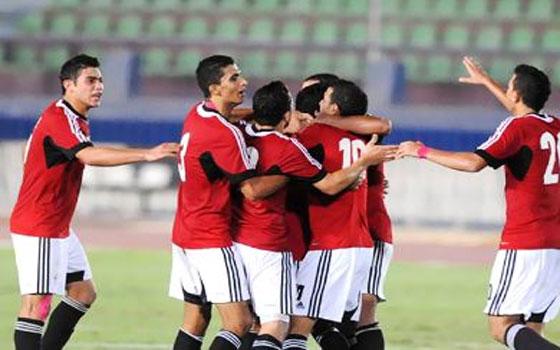 مصر اليوم - المنتخب العراقي يفوز على نظيره المصري 2/1 ويضعه في موقف صعب