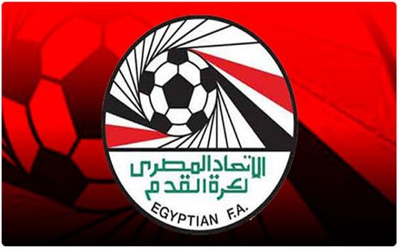 مصر اليوم - خبراء الكرة يدعون إلى التمسك بسلمية الثورة وتغليب المصلحة العامة على الخاصة