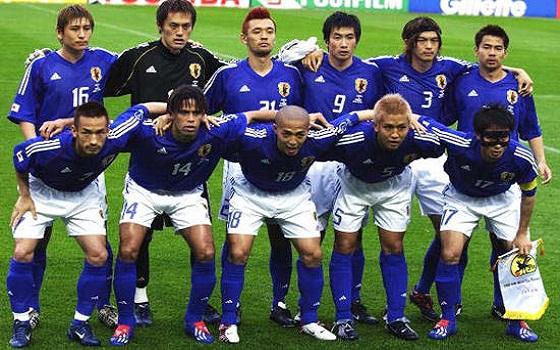 مصر اليوم - اليابان تنتزع صدارة شرق آسيا على حساب أستراليا بصعوبة 3/2