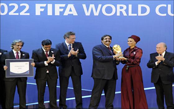 مصر اليوم - كأس العالم لكرة القدم  في قطر 2022 أصبح مهددًا ويقاوم صراعًا شرسًا