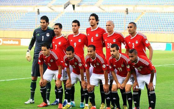 مصر اليوم - منتخب الفراعنة يكتفي بثلاثية دون رد على ضيفه الأوغندي في الغردقة