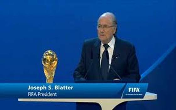 مصر اليوم - سكودامور رئيس رابطة الدوري الإنكليزي يطالب بعدم إقامة مونديال 2022 في قطر
