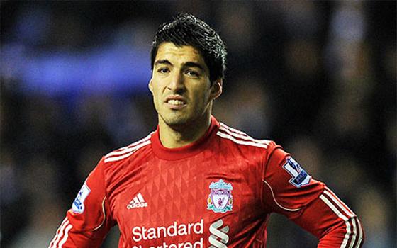 مصر اليوم - سواريز يعود للتدريب من جديد مع ليفربول بعد استبعاده لمدة أسبوع