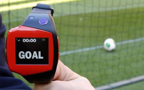 مصر اليوم - ترحيب من لاعبي البريميرليغ ببدء تطبيق تقنية خط المرمى في إنكلترا