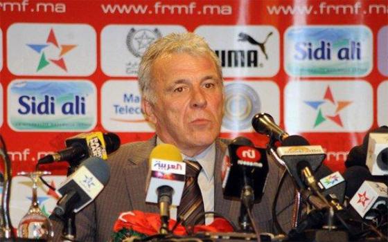 مصر اليوم - راتب المدرب غيرتس يحرج أعضاء جامعة الكرة المغربية