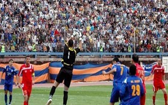 مصر اليوم - إنطلاق المربع الذهبي للدوري السوري لكرة القدم في دمشق