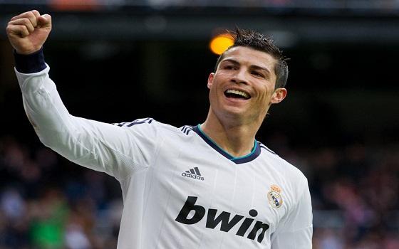 مصر اليوم - رونالدو يرفض حضور حفل تسليم جائزة أفضل لاعب في أوروبا