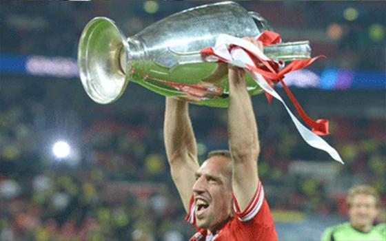 مصر اليوم - الفرنسي فرانك ريبيري يفوز بجائزة أفضل لاعب في القارة الأوروبية
