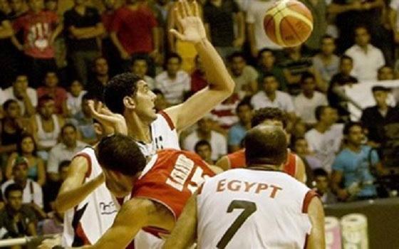 مصر اليوم - منتخب الفراعنة لكرة السلة يتأهل لكأس العالم وأبوفريخة يشيد بالإنجاز